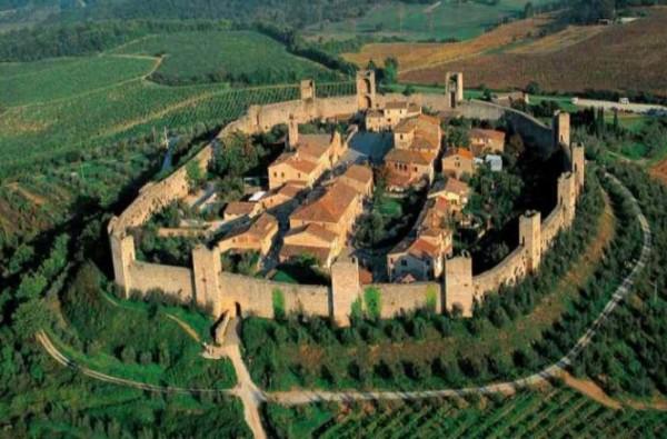 castello di monteriggioni1